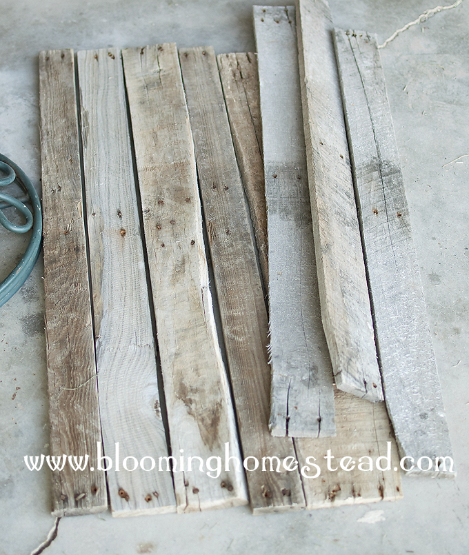 Alphabet dating ideas using pallets