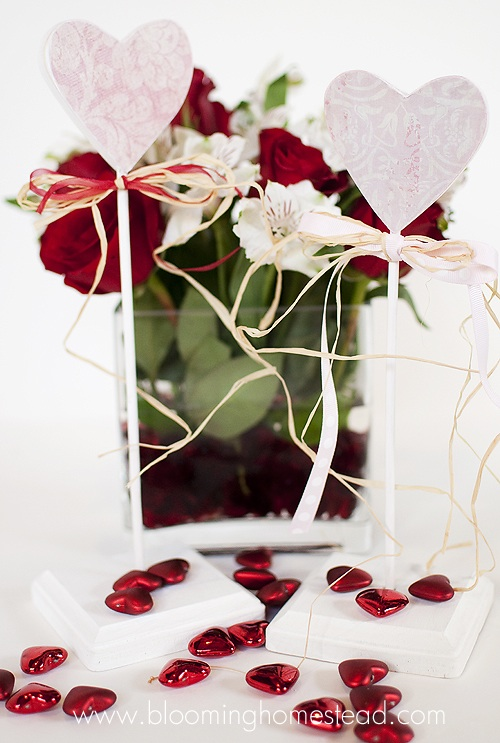 Standing Hearts {V-day Decor}