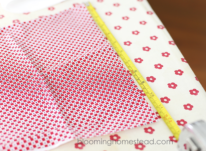 DIY Fabric Banner by Blooming Homestead r
