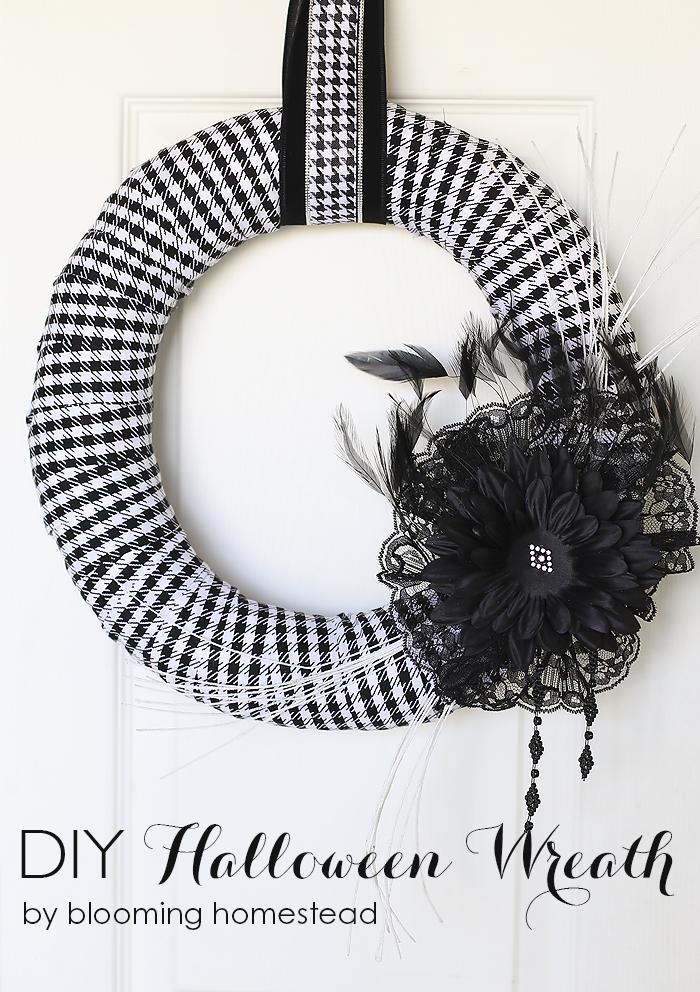 DIY Halloween Wreath by Blooming Homestead #halloween #halloweenwreath #wreath #diy