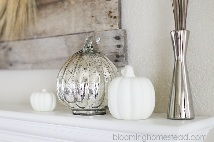 #fall #falldecor #fallmantle #neutral
