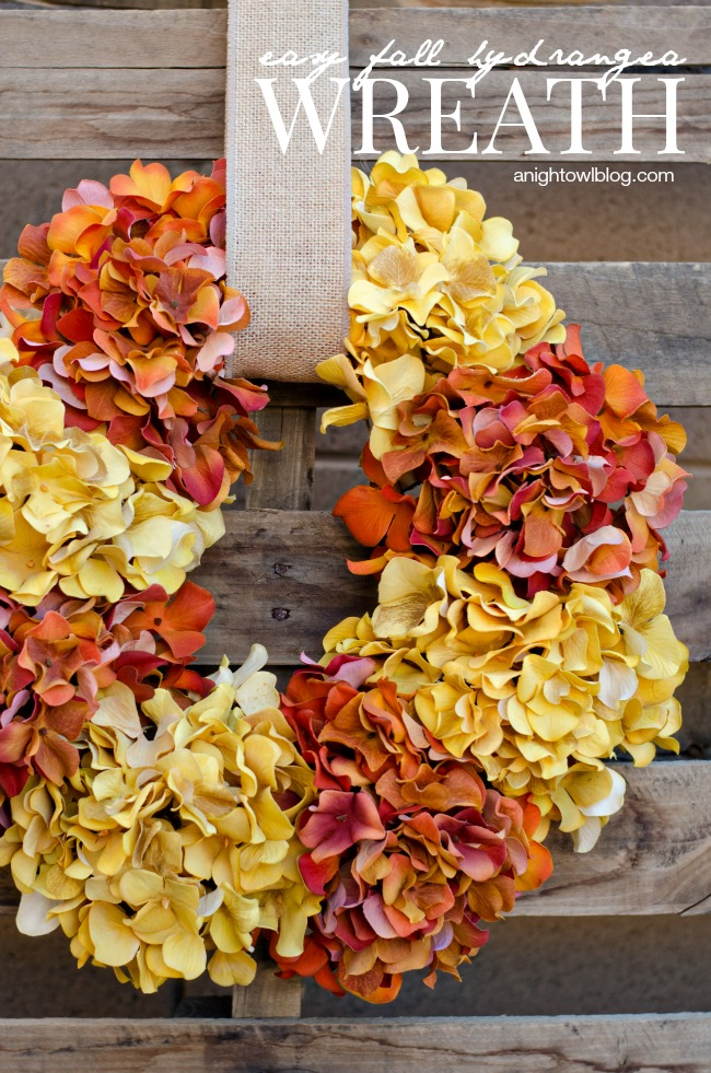 http://anightowlblog.com/2014/08/easy-fall-hydrangea-wreath.html