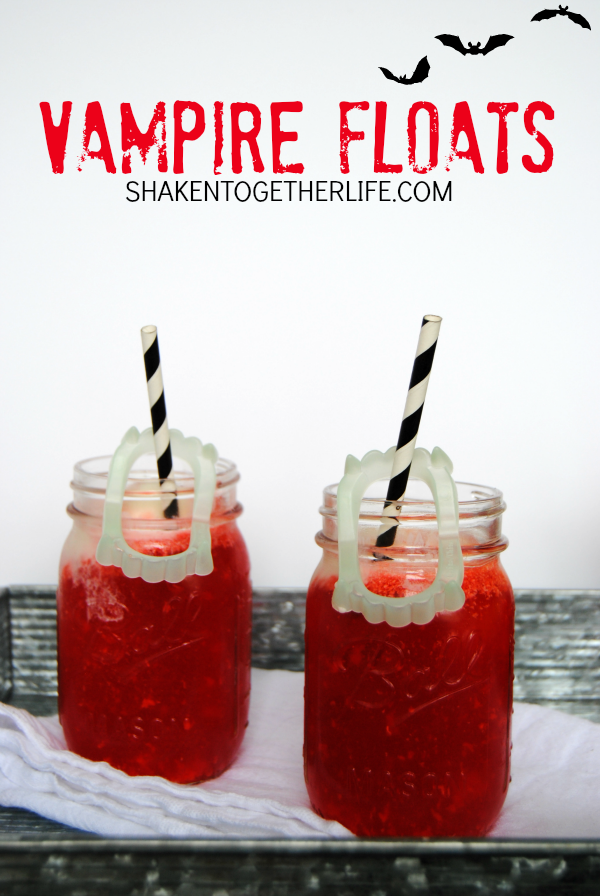 vampire-floats-Halloween-party-drink