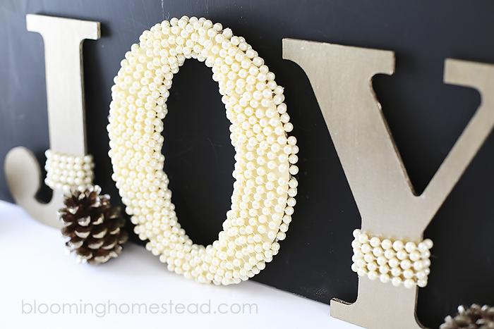 DIY Pearl Embellished JOY Letters tutorial | christmas | DIY |tutorial |homedecor |christmas decor |holiday decor |holiday |JOY