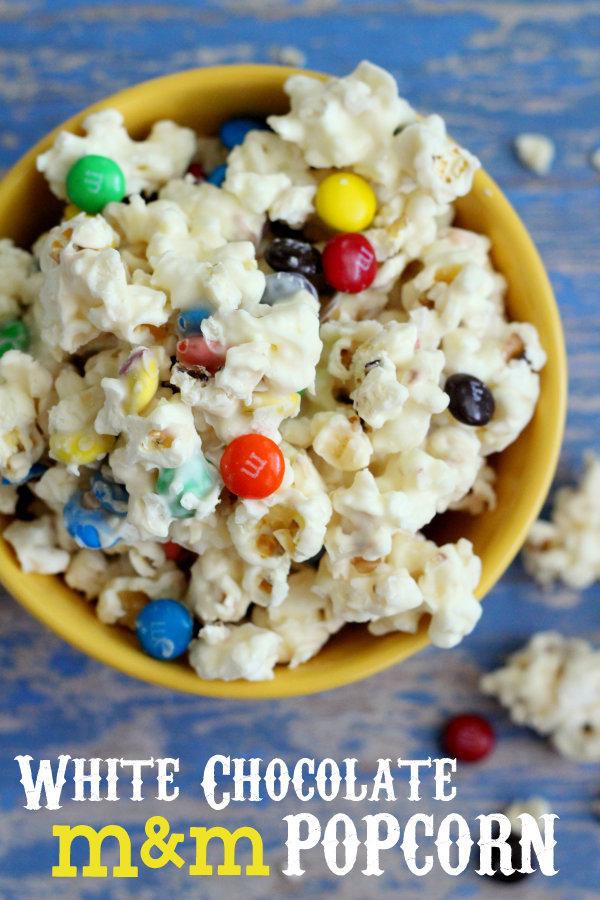 Our-favorite-movie-snack-White-Chocolate-MM-Popcorn-popcorn