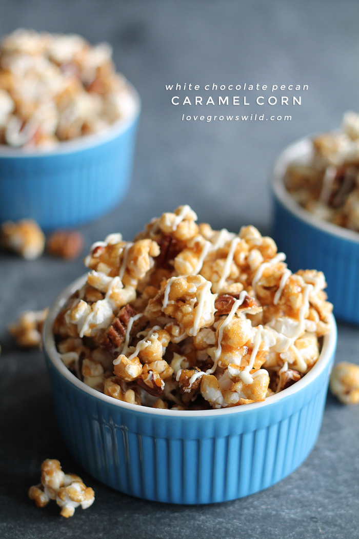 White-Chocolate-Pecan-Caramel-Corn-final
