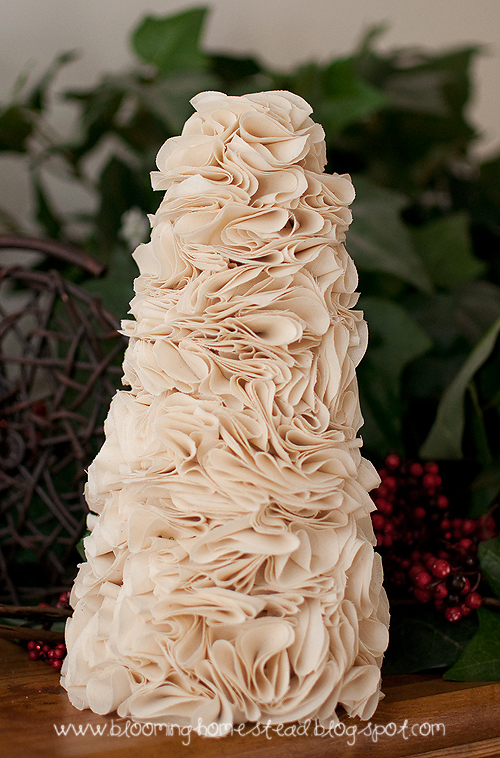 Beautiful DIY Ruffle Tree tutorial |Christmas | decor |tree