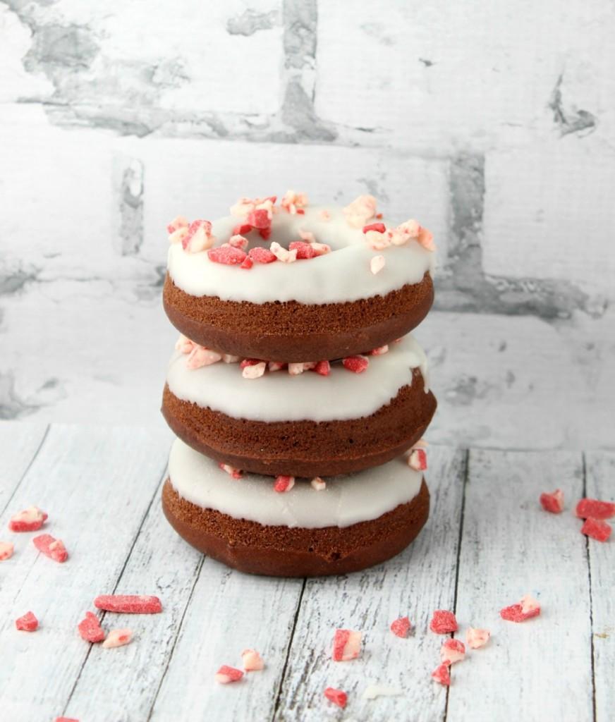 Peppermin-Mocha-Doughnuts-872x1024