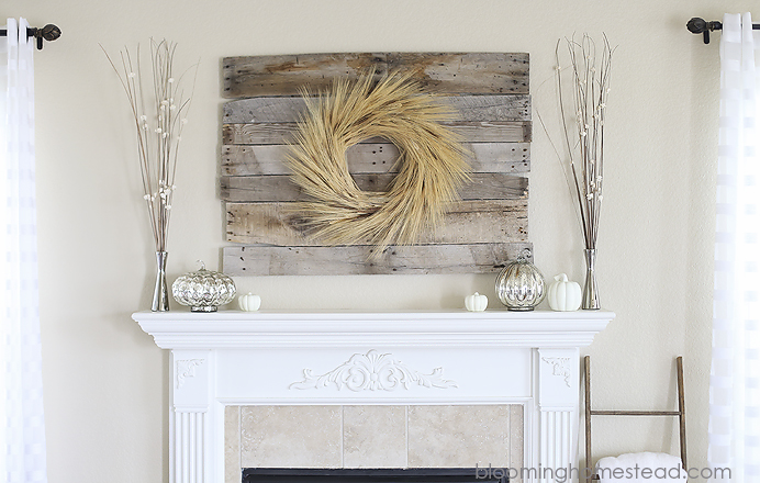 Fall-Mantle-by-Blooming-Homestead