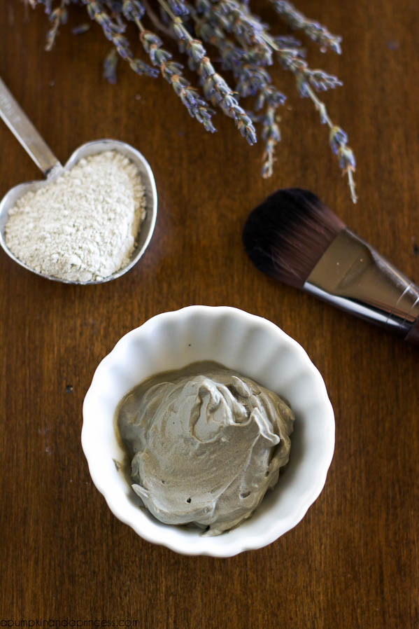 CC-DIY-European-Clay-Mask