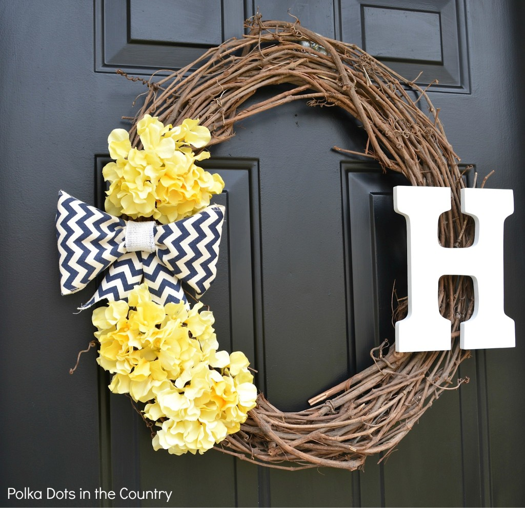 CC Mariah Favsimple-everyday-wreath-4-polka-dots-in-the-country-1024x992