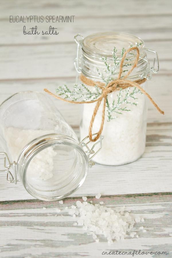 CClollyeucalyptus-spearmint-bath-salts-beauty