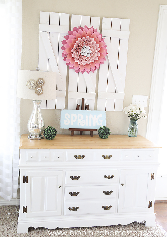 Such clean and cheery touches in this Spring Home Tour.