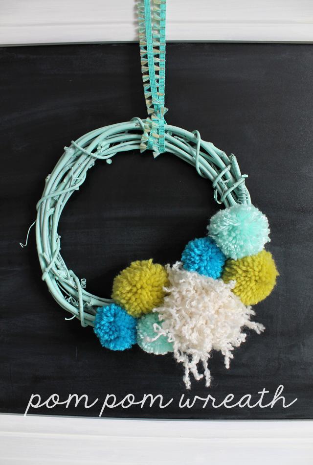 CCJENlink-party-pom-pom-wreath