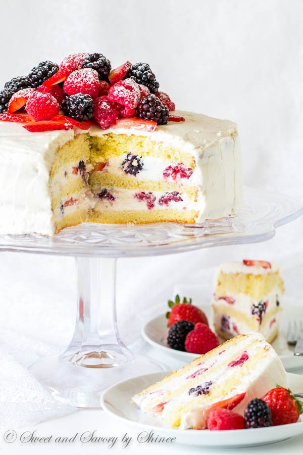 ccBerry-Chantilly-Cake-5-600x900