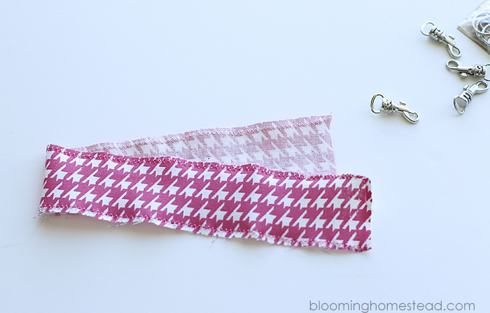 Easy to sew wristlets that work perfect for zippered pouches, backpacks, and more!