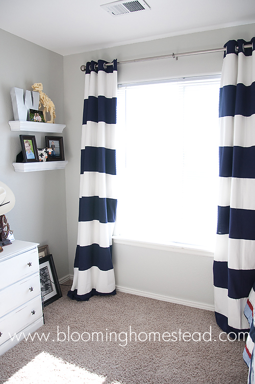Tutorial on how to make these striped curtains step by step. So easy!