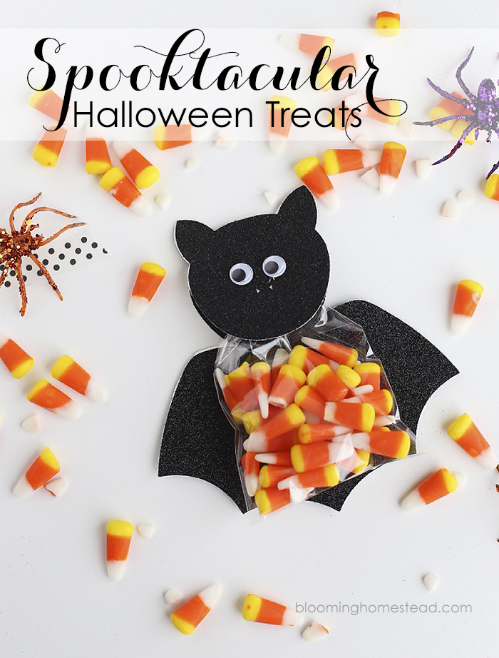 These adorable bat treats are so simple to make and would be perfect for parties or trick or treating!