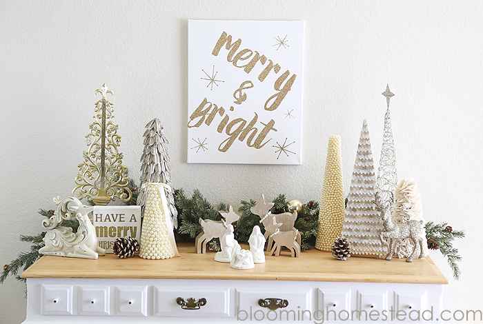DIY Merry and Bright Canvas