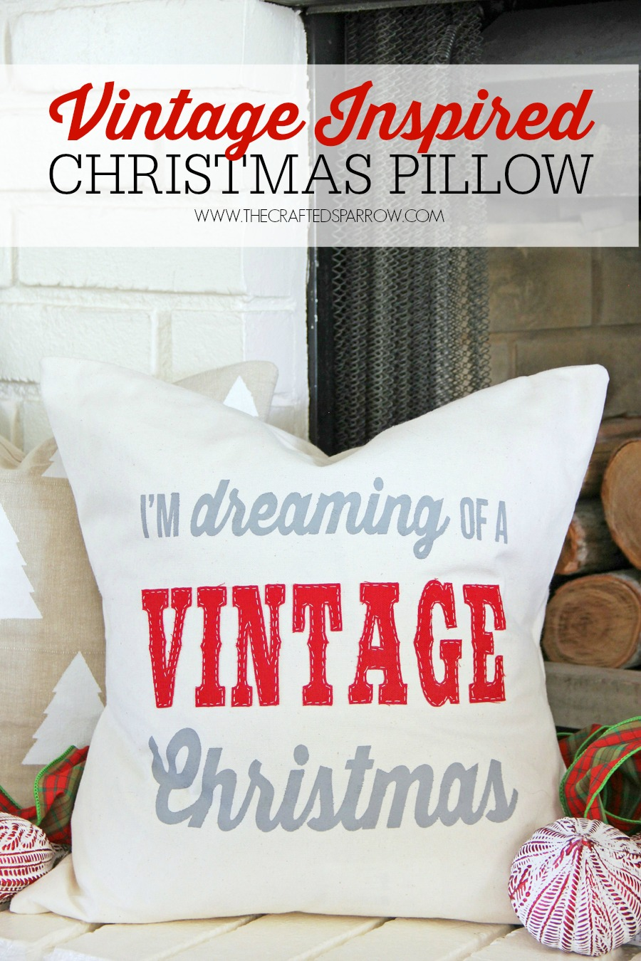 Dreaming-of-a-Vintage-Christmas-Pillow