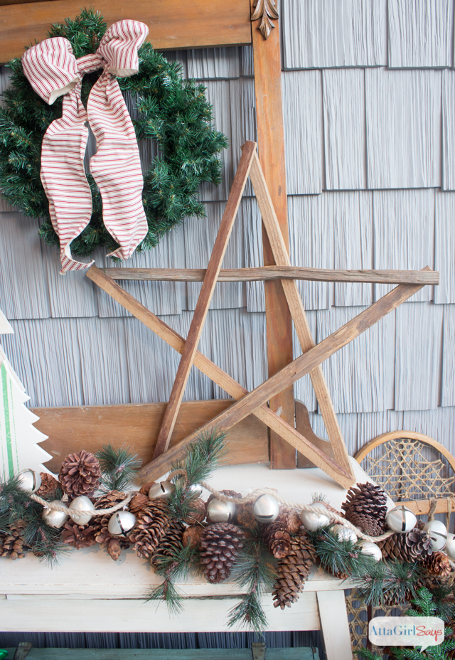 vintage-inspired-christmas-porch-decorations-6