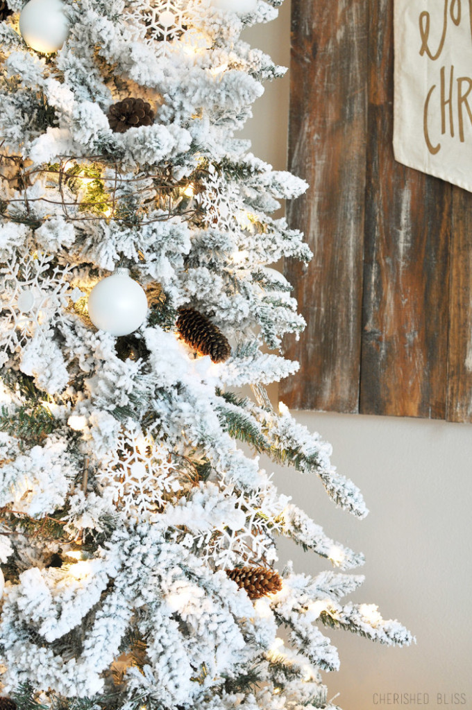 CCwhite-tree-700x1054