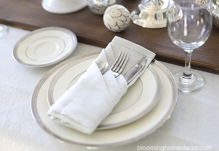 Beautiful place setting for any occasion. Come check out all the details.