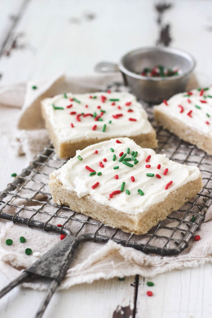 ccmariahFrosted-Sugar-Cookie-Bars-3