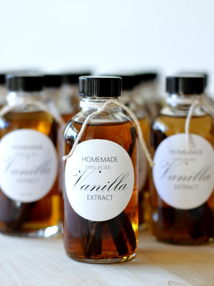 CCMariahHomemade Vanilla Extract