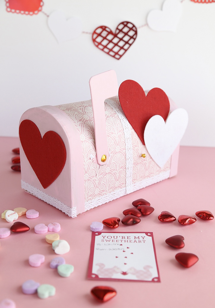 Fun Valentine Craft using paper mache Mailbox