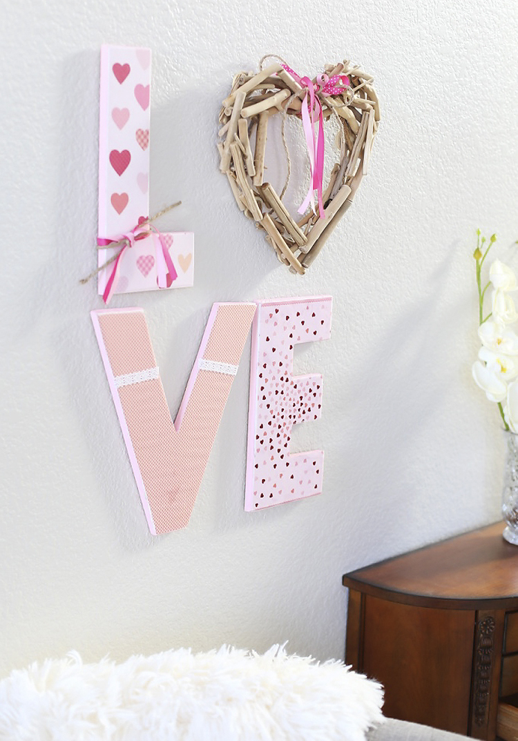 DIY LOVE sign tutorial for Valentine's Day