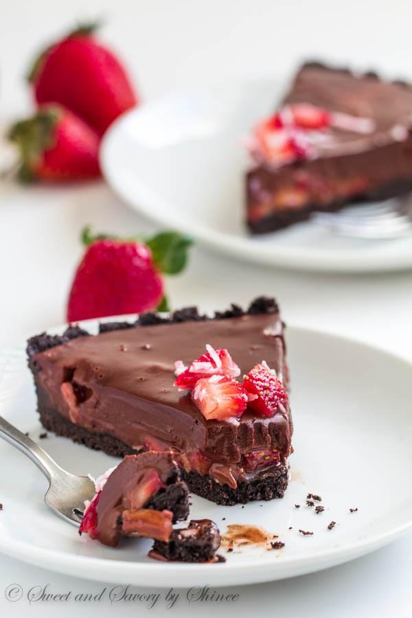 cc-mariahnew-chocolate-strawberry-cake
