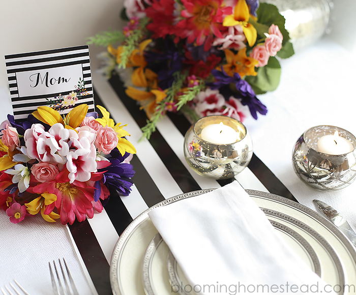 DIY floral placecards using foam and faux flowers. So pretty and free printables too!