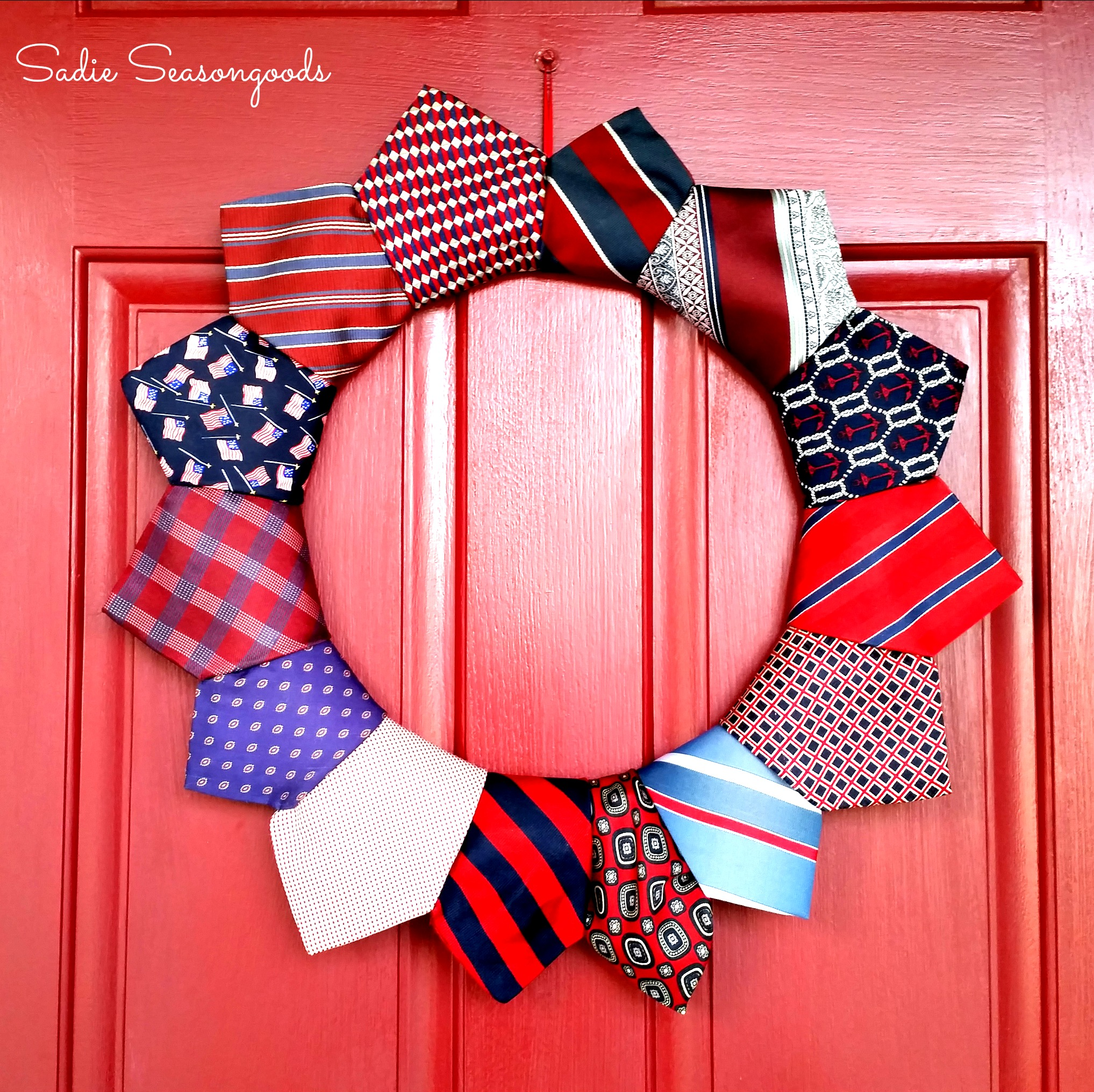 CC2_thrifted_necktie_patriotic_wreath_for_July_4_Sadie_Seasongoods