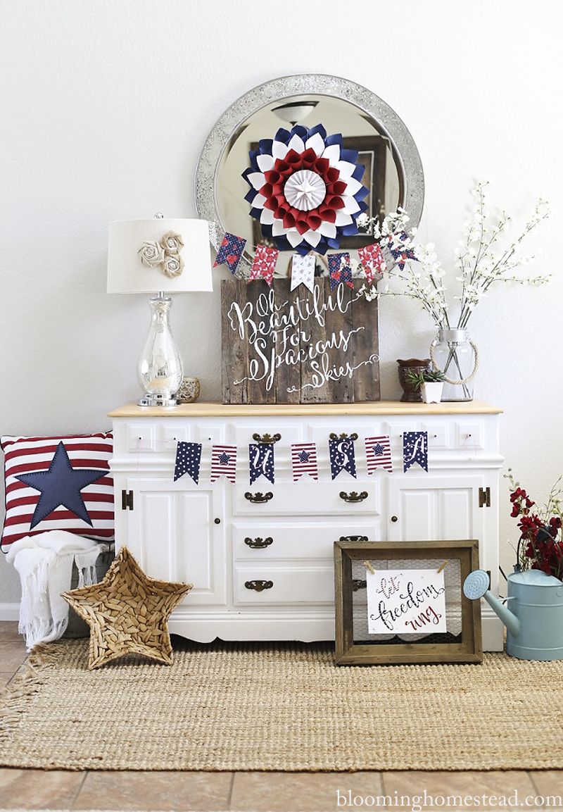 DIY Patriotic Home Decor Ideas and free printables to celebrate Independence Day