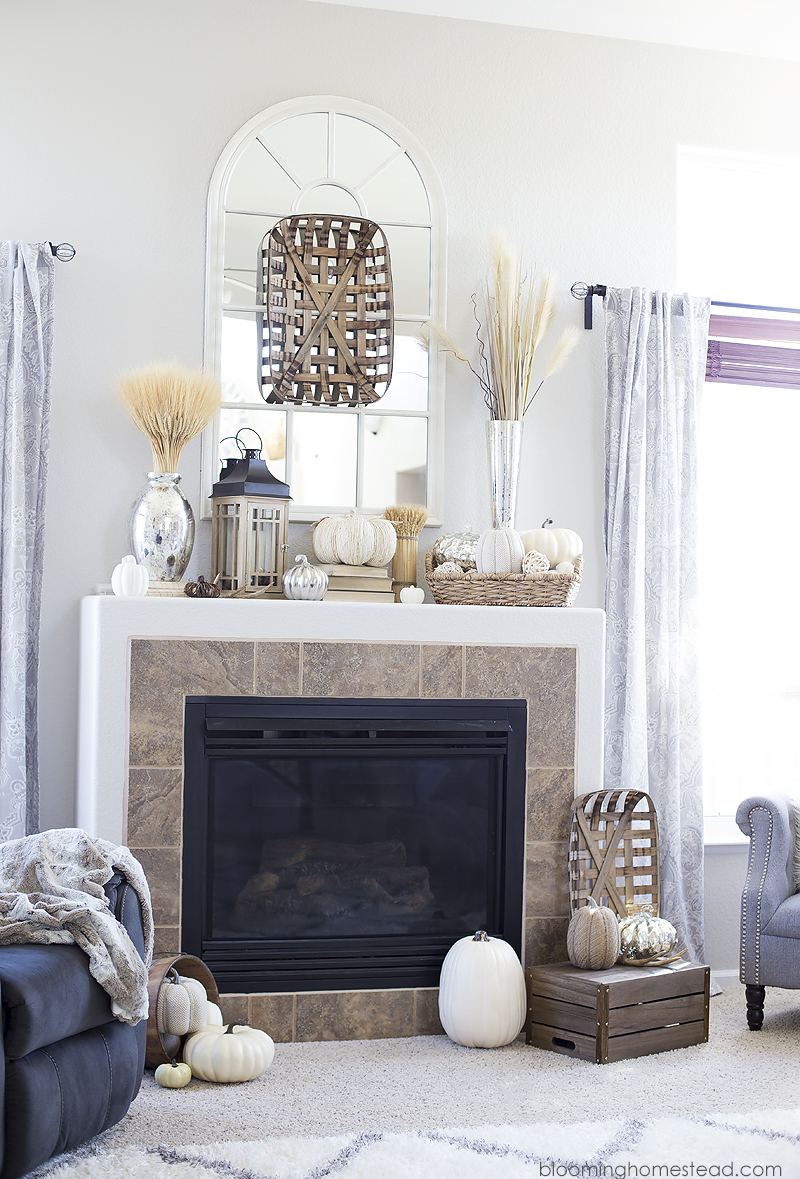 Beautiful fall home decor featuring neutral fall decor