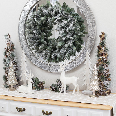 Winter Woodland Entryway