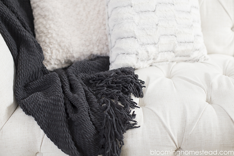 soft-throws-and-blankets