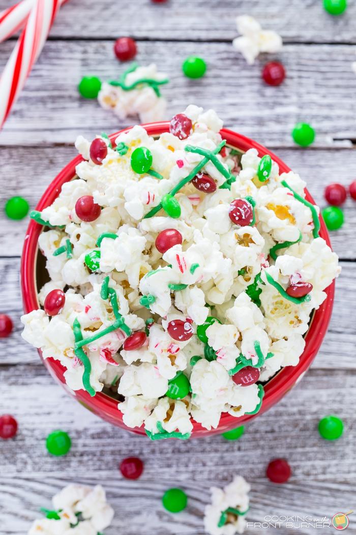 white-chocolate-peppermint-popcorn-snack