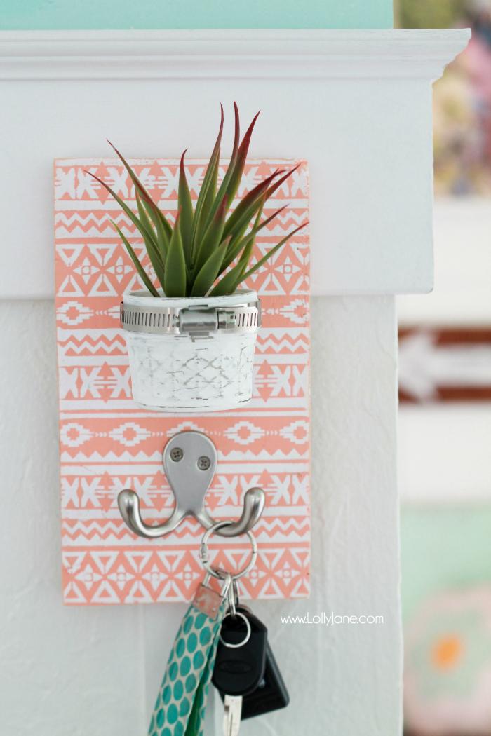 DIY-Stenciled-Succulent-Mason-Jar-Key-Holder-Lolly-Jane