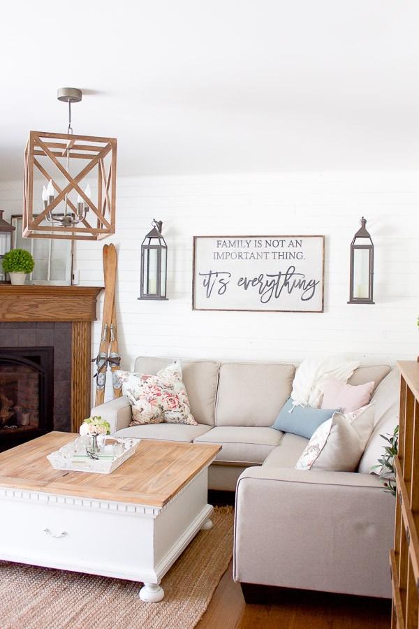 CCFarmhouse-Spring-Living-Room-2