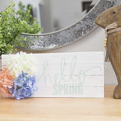 Easy Spring Sign
