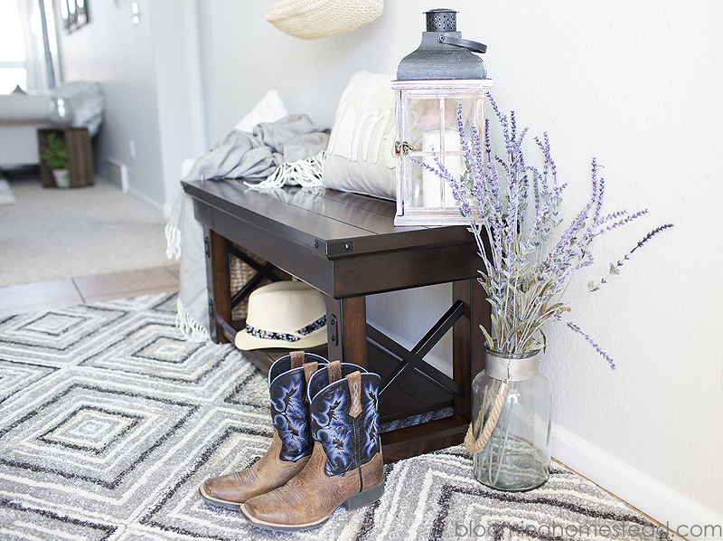 Modern Farmhouse Entryway Style