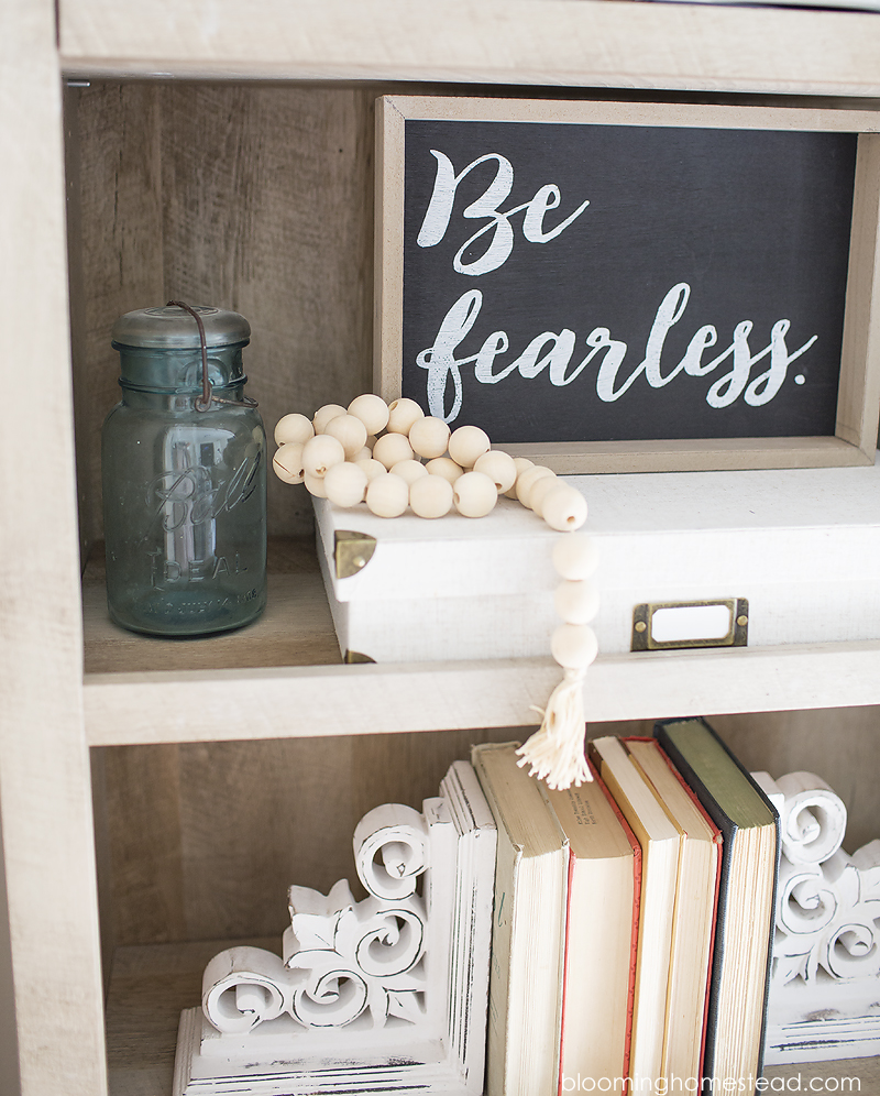 Farmhouse Style Bookshelf Decor