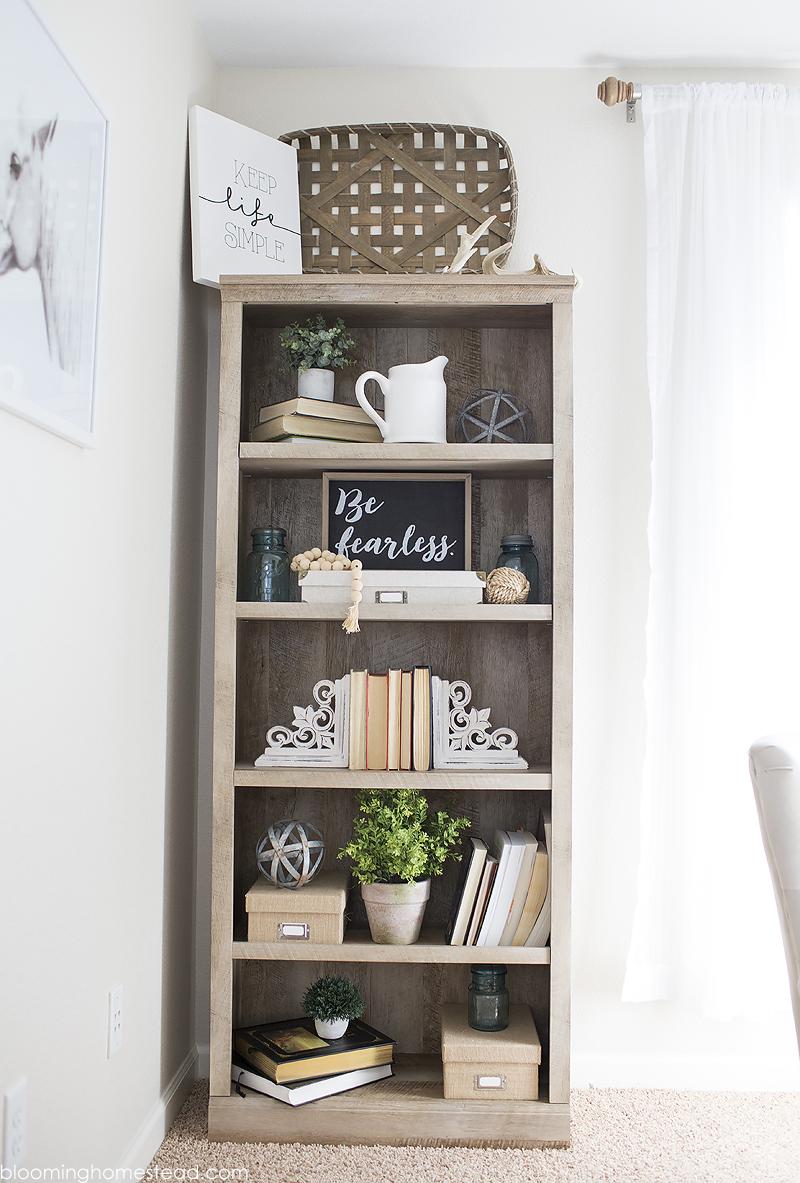 Farmhouse Style Bookshelf