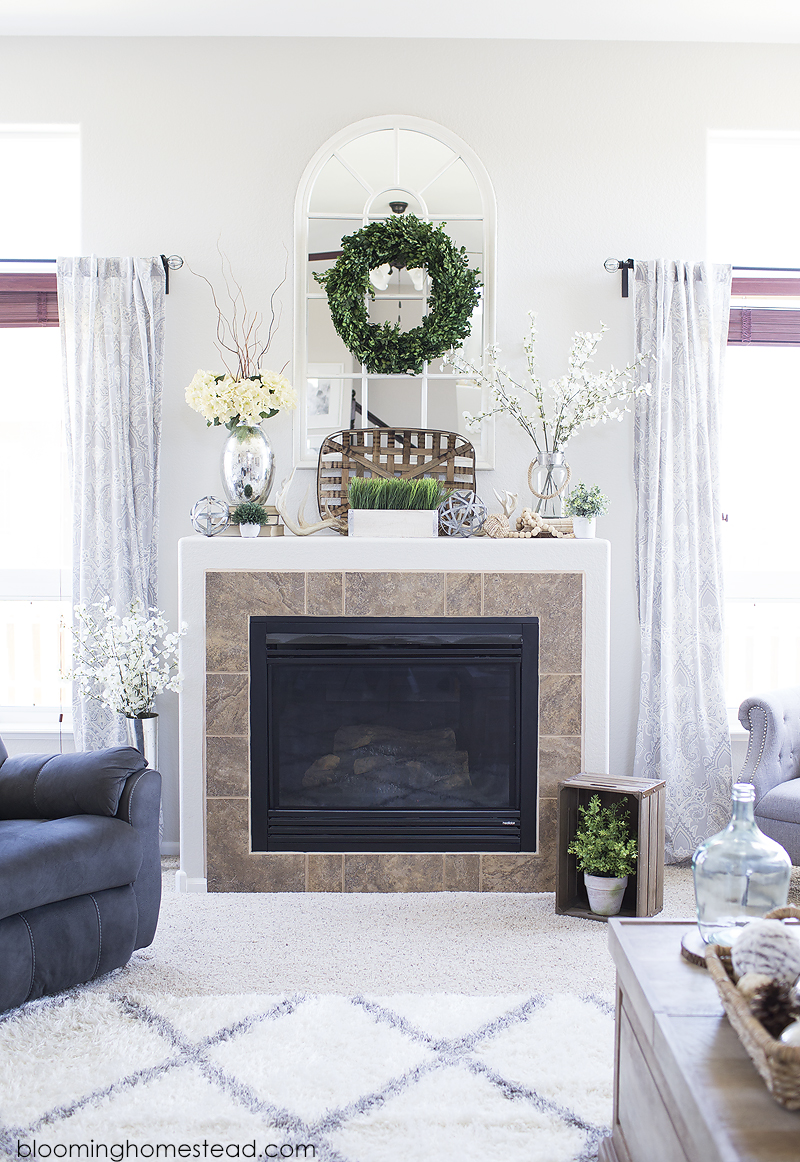 Fresh Summer Mantle from Blooming Homestead