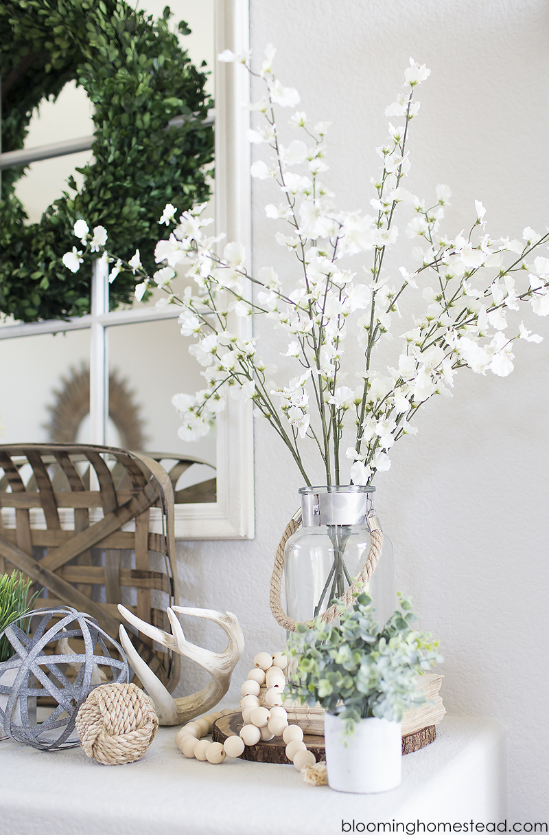 Simple and Beautiful Summer Mantle Decor