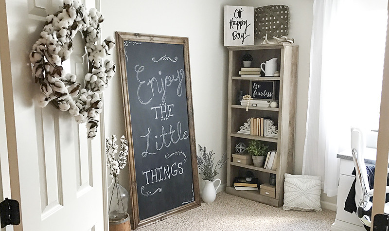 DIY Oversized Chalkboard