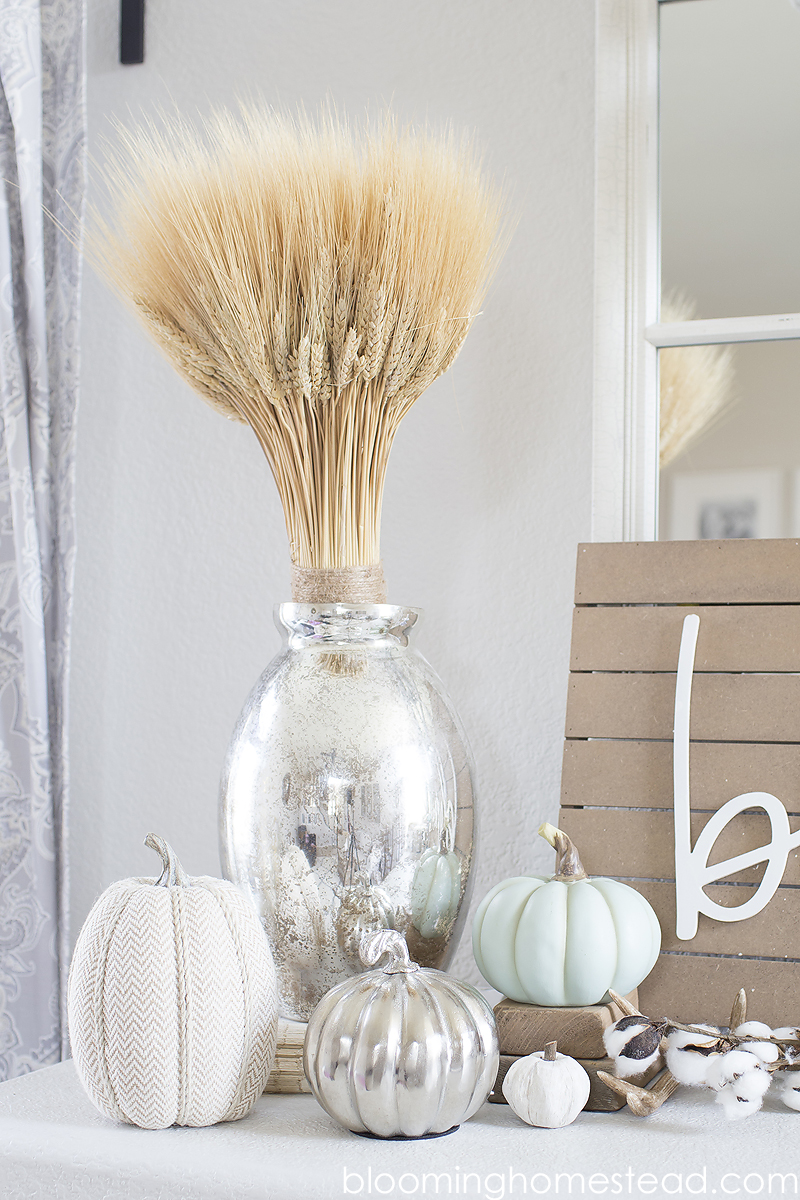Simple and Elegant Fall Decor