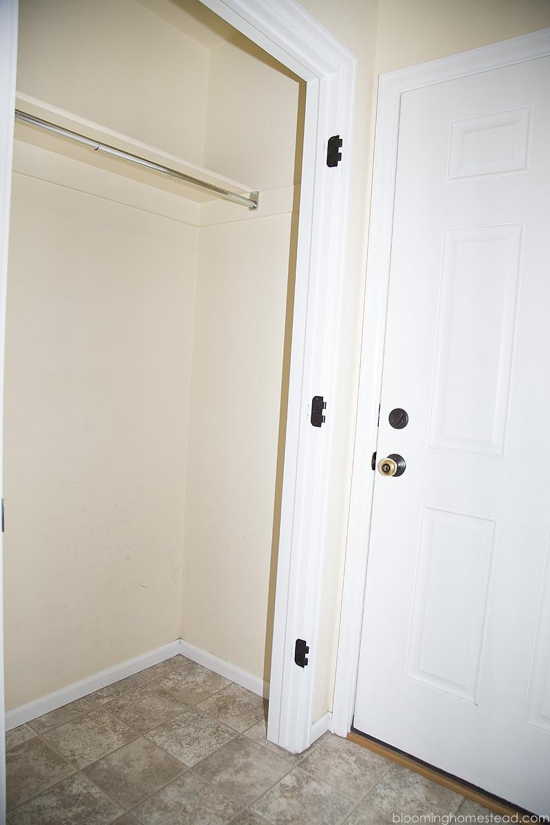 Closet before1